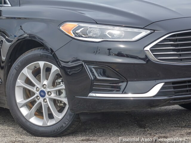 Pre-Owned 2019 Ford Fusion Hybrid SEL